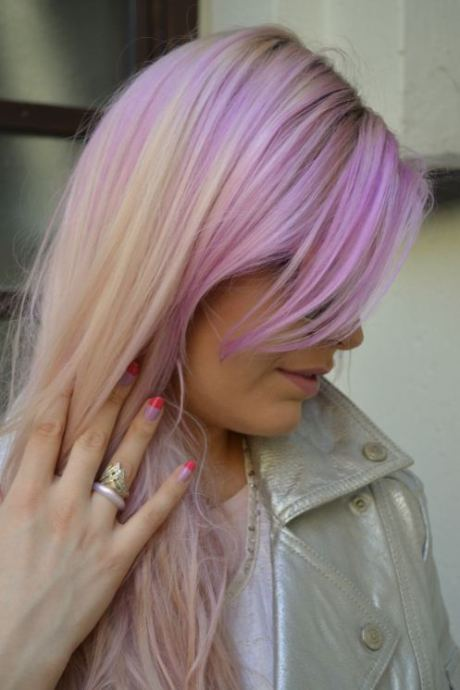 pink hair-side